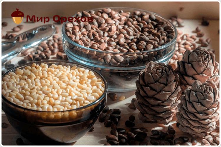 кедровые орехи на столе