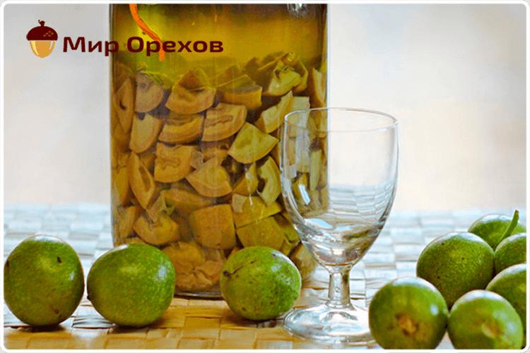зелёный грецкий орех настойка